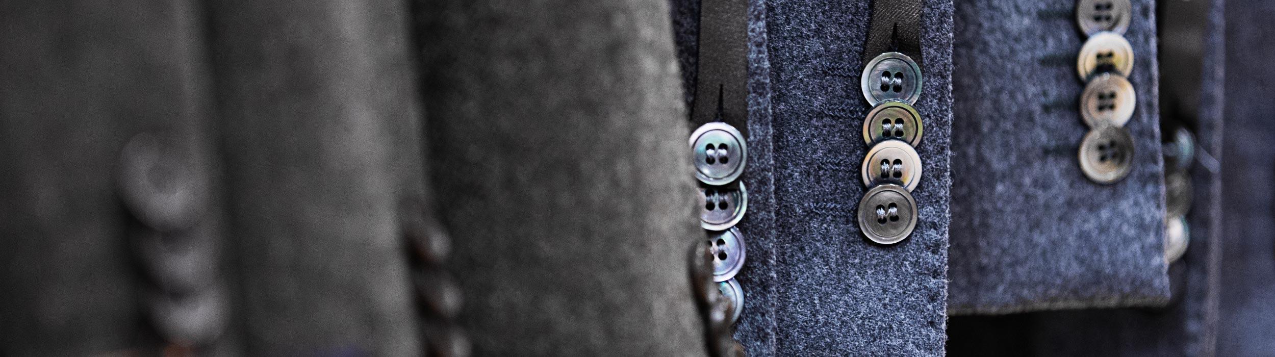 Gå med i vår Kundklubb och få unika erbjudanden om kavajer, byxor, skjortor, kostymer , jeans och allt vad en herre kan tänka sig